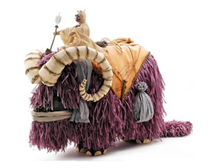 07-bantha-pinata.jpg