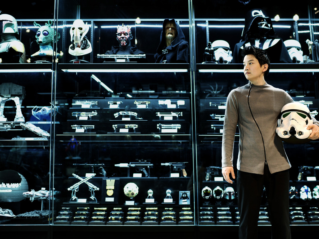 Cho Woong with his Star Wars collection