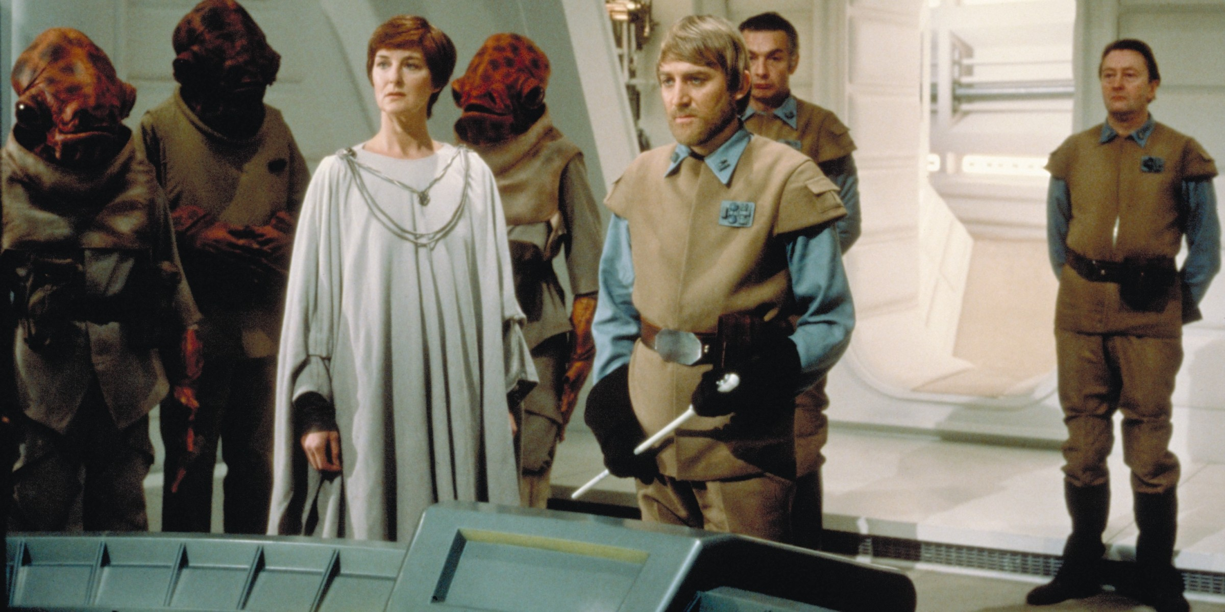 Mon Mothma - Return of the Jedi
