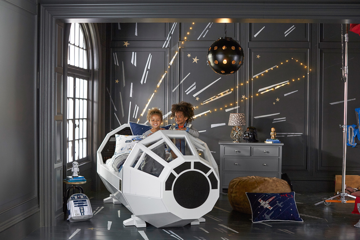 Pottery barn star wars collection preview for Star home decorations