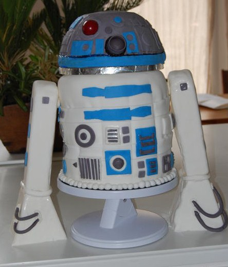 R2-D2 cake by TK Peggy