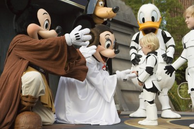Jedi Mickey and Minnie at Star Wars Weekends