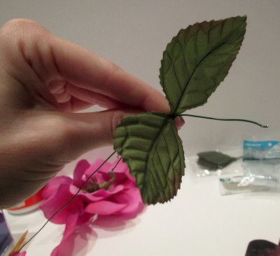 Paper rose - adding leaves to wire