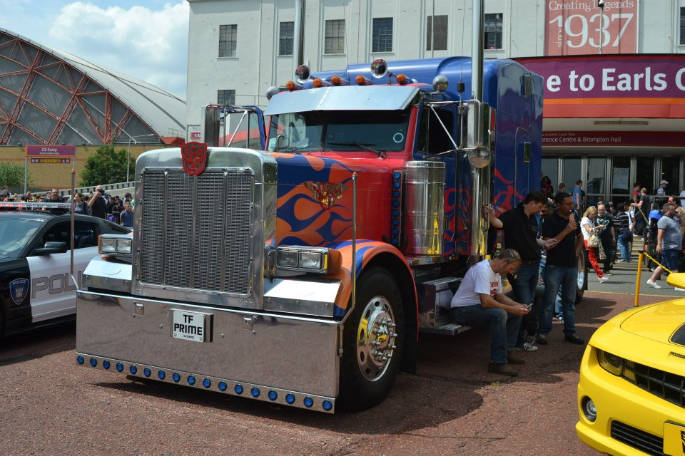 Optimus Prime at the London Film and Comic Con
