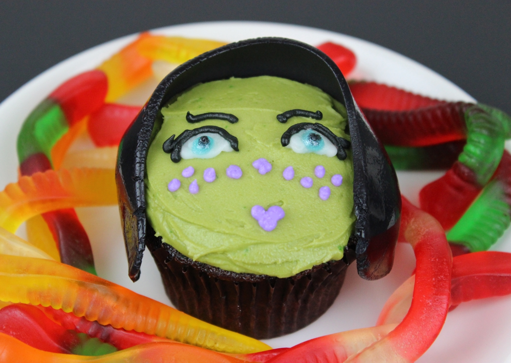 Barriss Offee cupcake