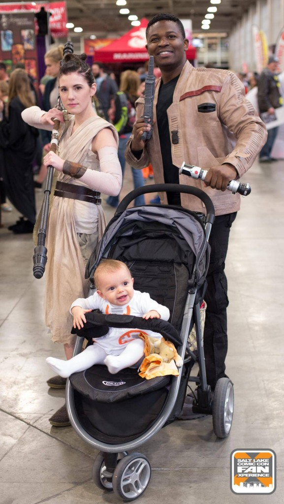 Victor and Julianne pose are Rey and Finn