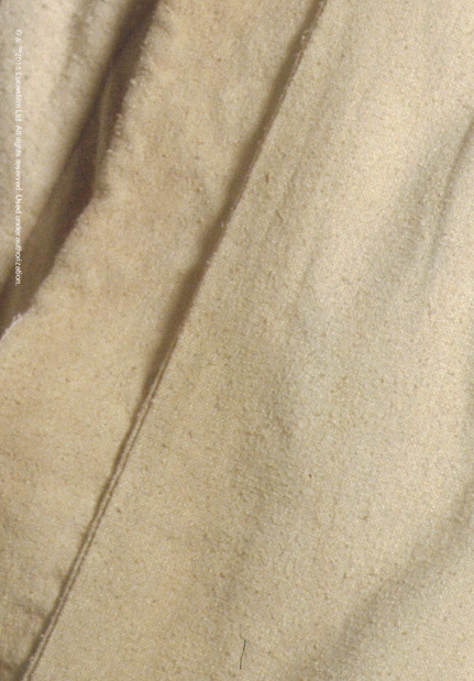 Details on Qui-Gon's Jedi robes