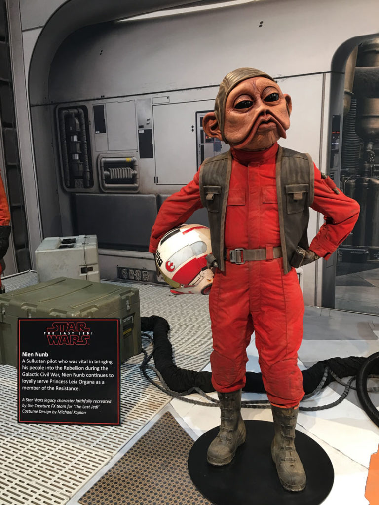 Star Wars The Last Jedi Props And Costumes On Display At Sdcc