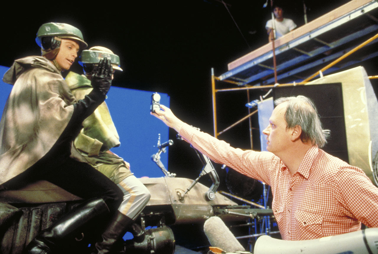 Dennis Muren behind the scenes of Return of the Jedi with Carrie Fisher