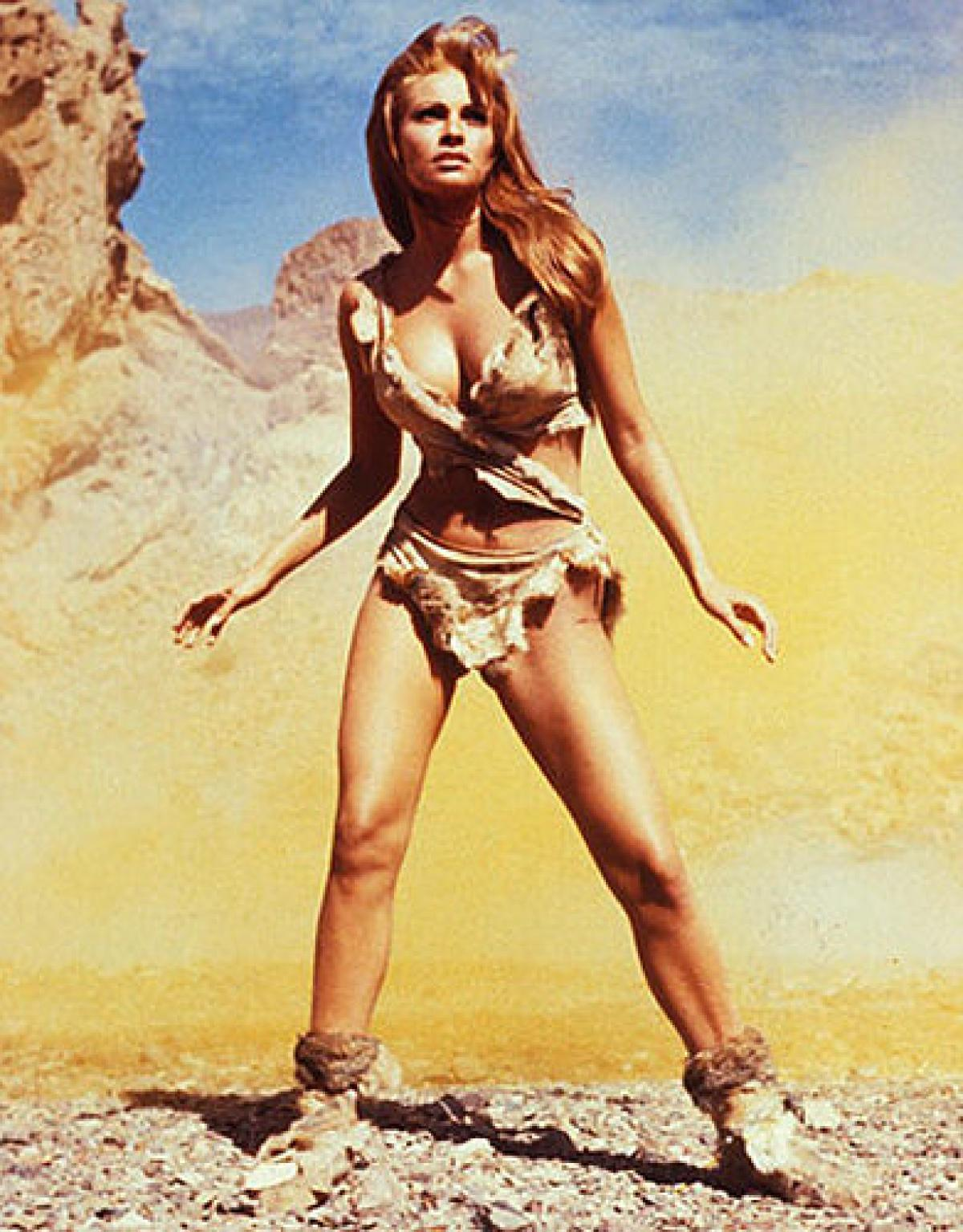 princess leia and the gold metal bikini  the pop culture