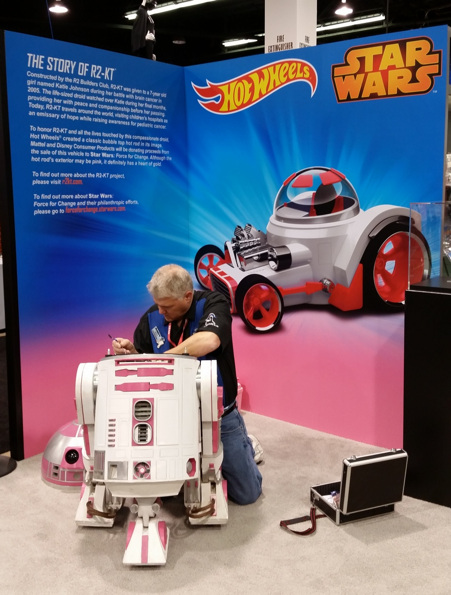 The Adventures Of R2 Kt At Celebration Anaheim Starwarscom