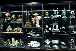 Cho Woong - Star Wars collection: Props of Yoda, bounty hunter, Boba Fett, and more