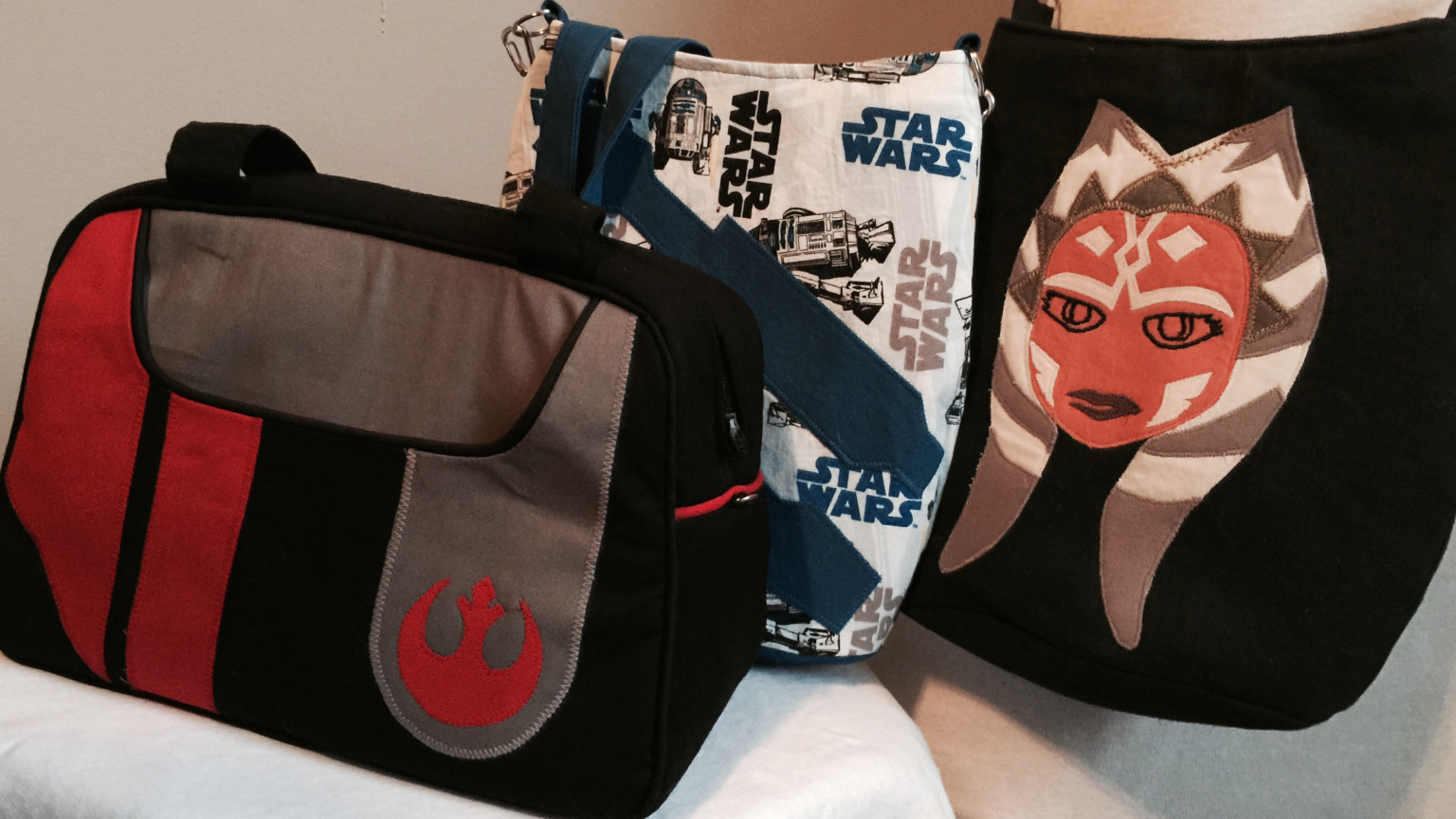 Diy star wars handbags carrying the saga in style starwars