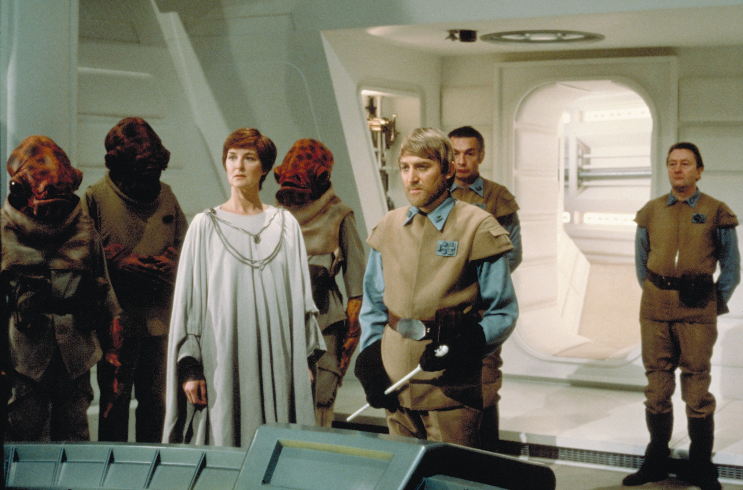 mon mothma rebel leader from concept to screen