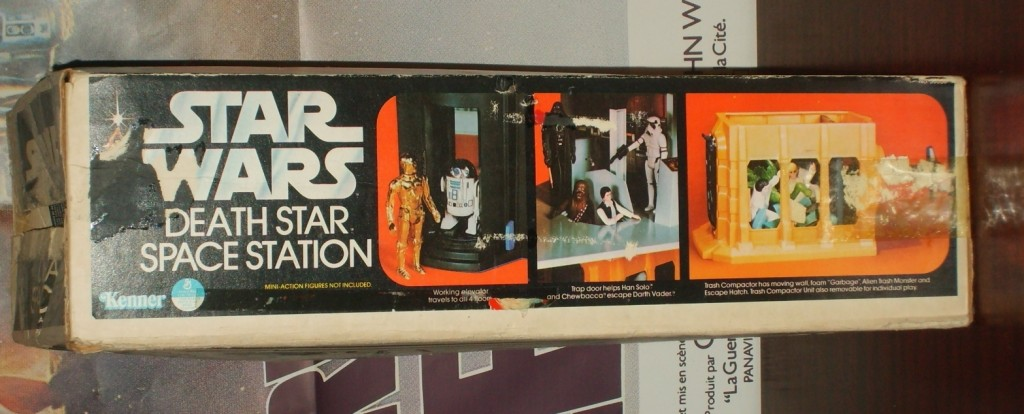 Kenner Death Star playset - side of box