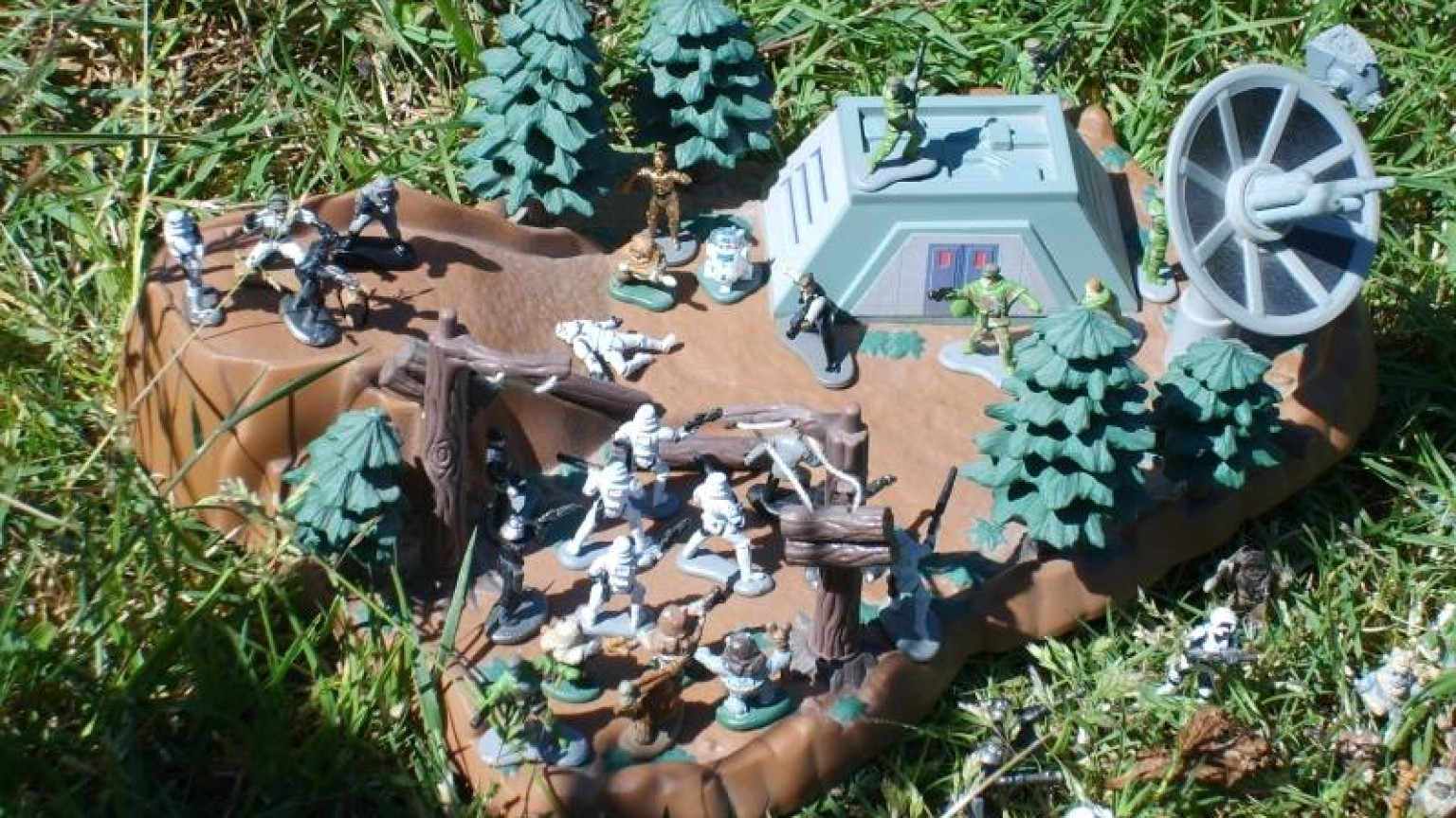 Star Wars Micro Machines - Endor Close-up