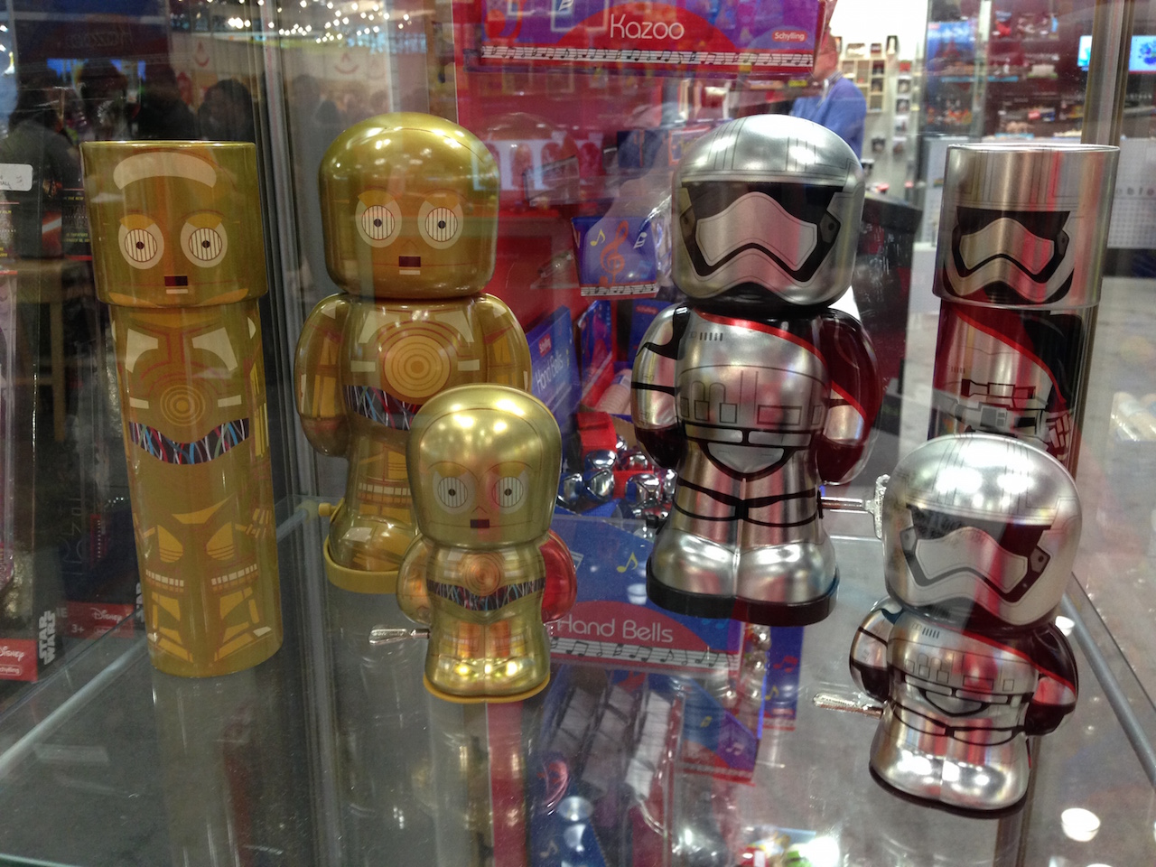 C-3PO and Captain Phasma Tins