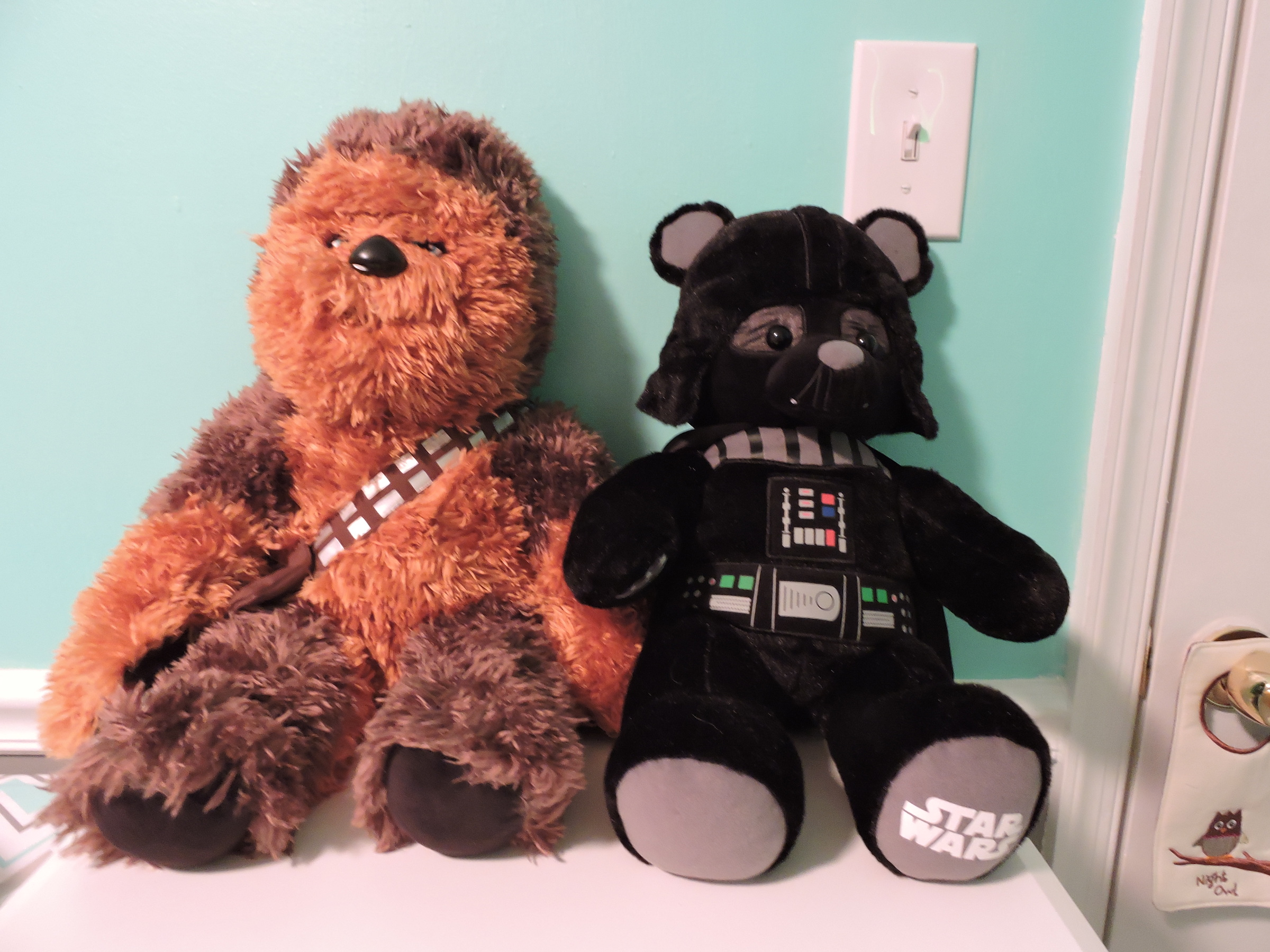 Teddy bears depicting Chewbacca and Darth Vader