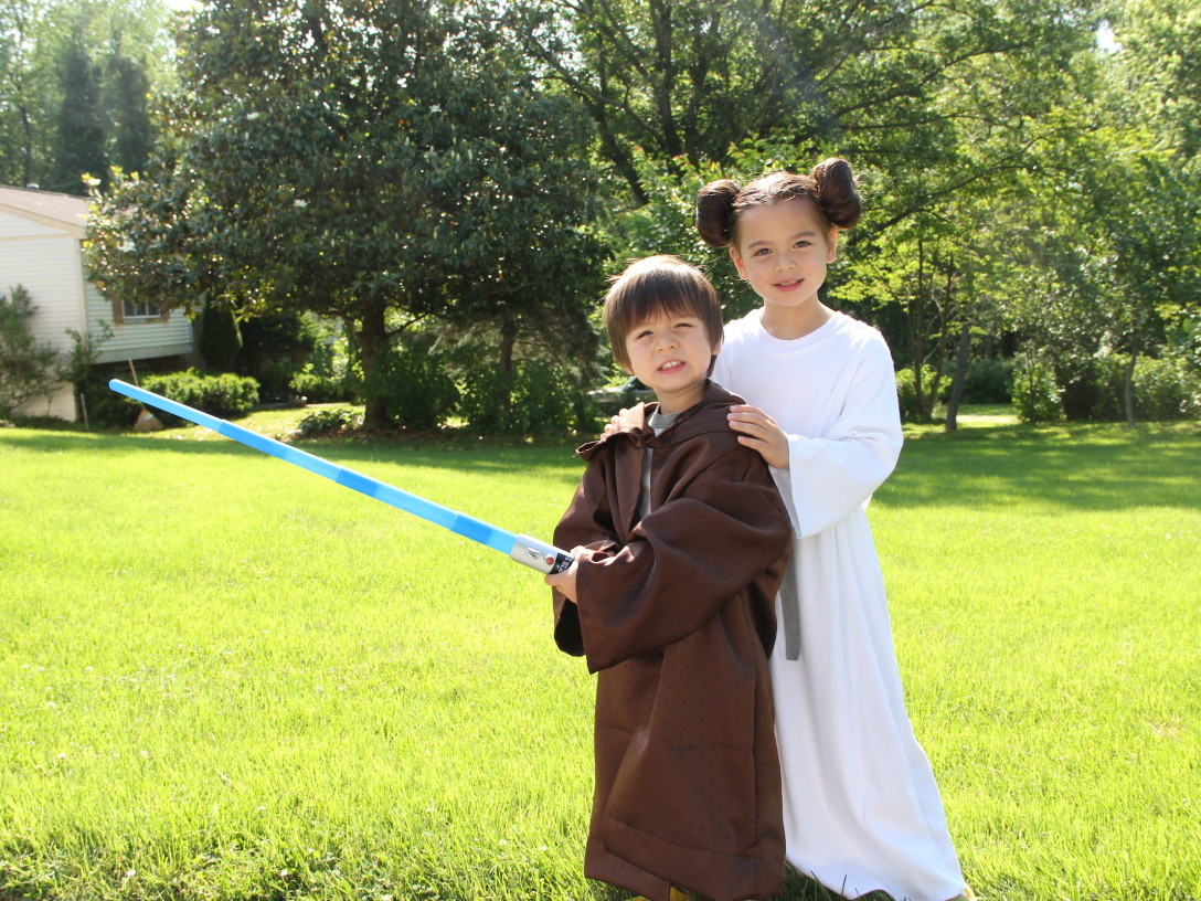 Jamie Greene's kids in Star Wars Costumes