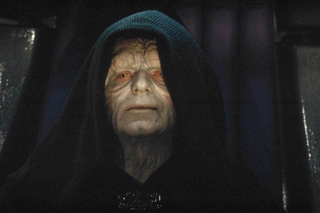 Who Is More Powerful The Emperor Or Yoda Starwars Com