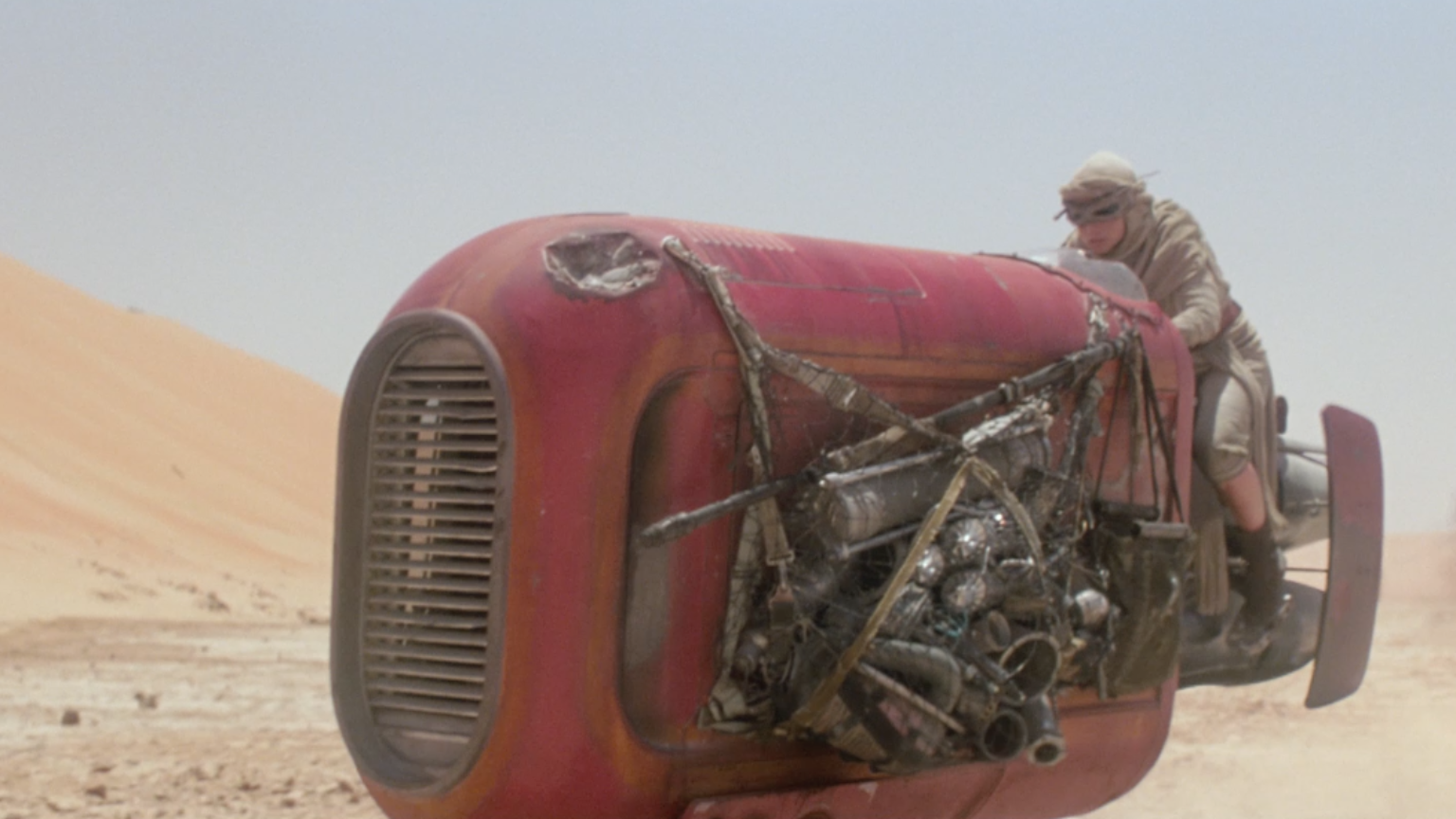 The Force Awakens - Rey on speeder
