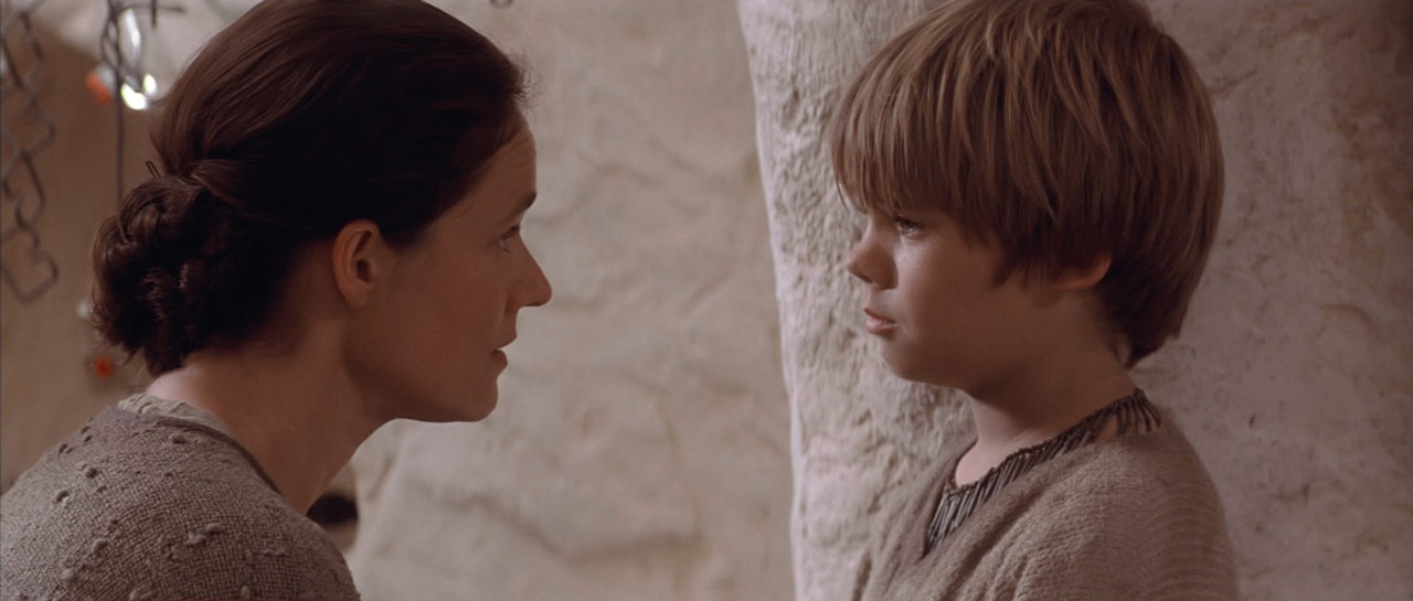 Anakin and Shmi in Phantom Menace