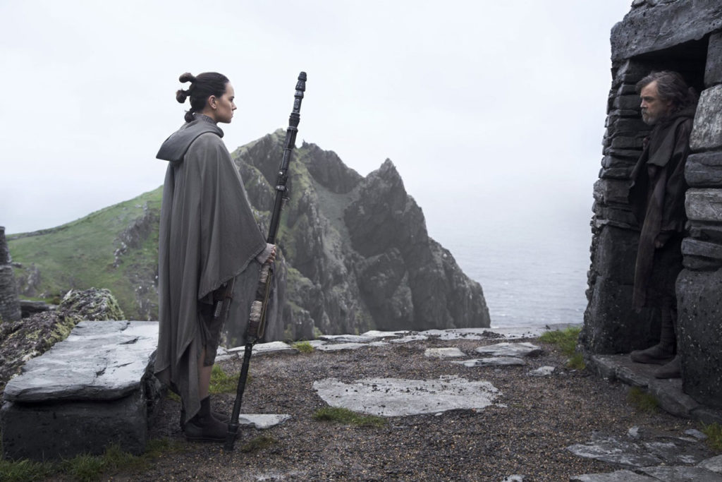 Rey and Luke in The Last jedi