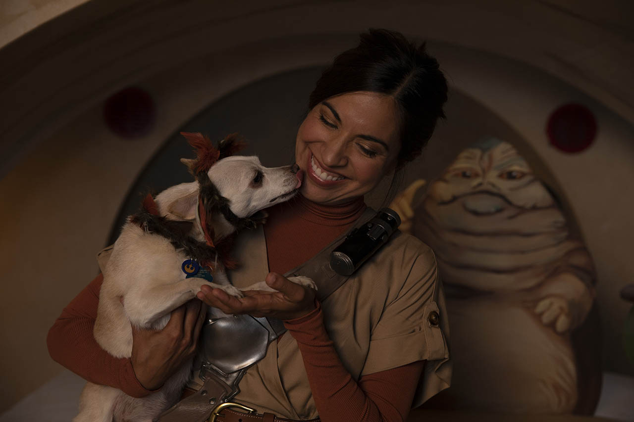 Jennifer Landa poses with her dog, Chuy, who is dressed as Salacious B. Crumb.