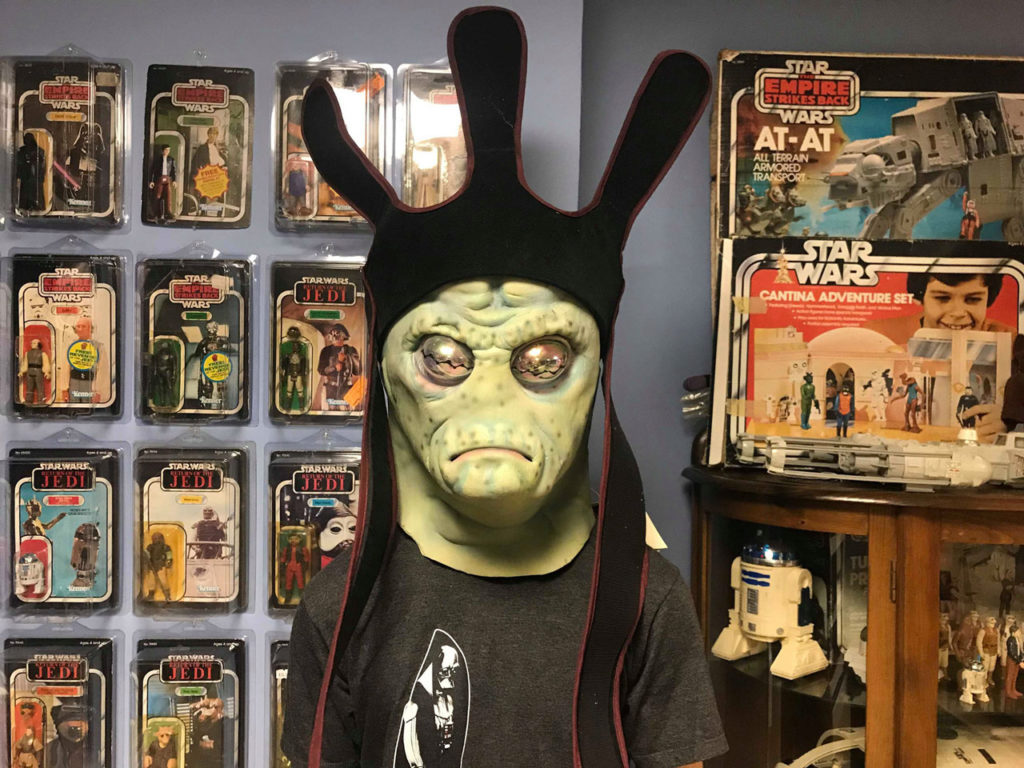 Star Wars fan Blake Morgan in his Nute Gunray mask.