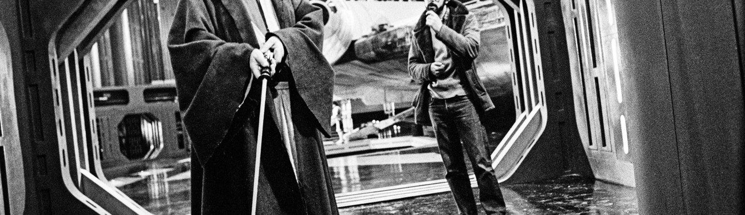 Star Wars Archives photo - George Lucas and Alec Guinness on the set of Star Wars: A New Hope.