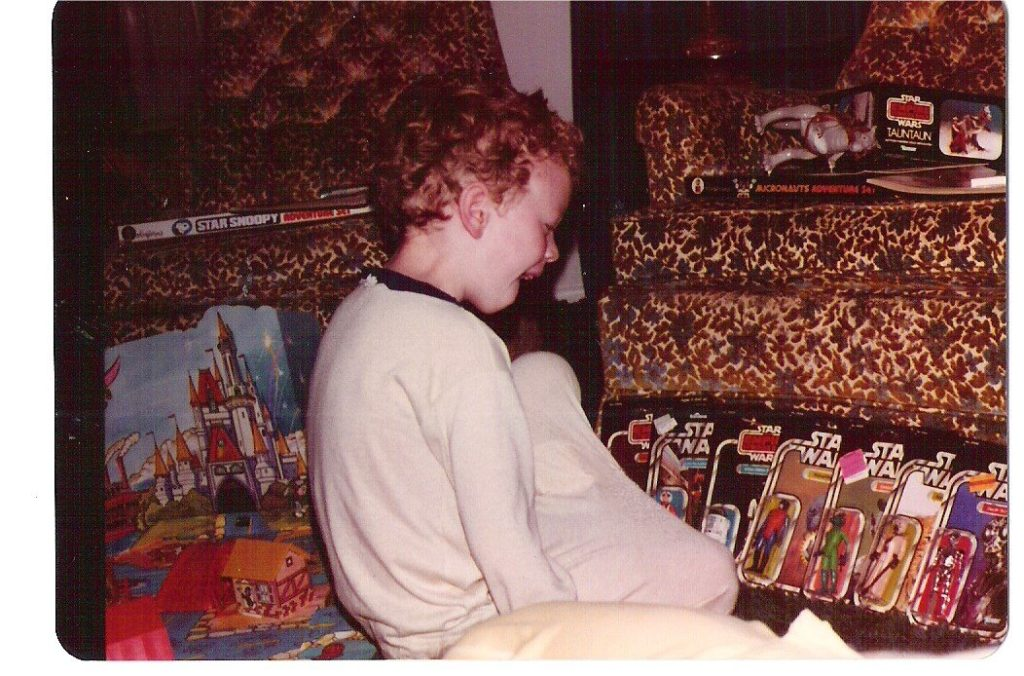 Star Wars Fan Awards 2018 winner - vintage photo of a young Star Wars fan opening toys.