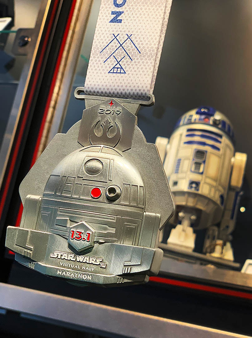runDisney medal for the Star Wars Virtual Half Marathon | R2-D2