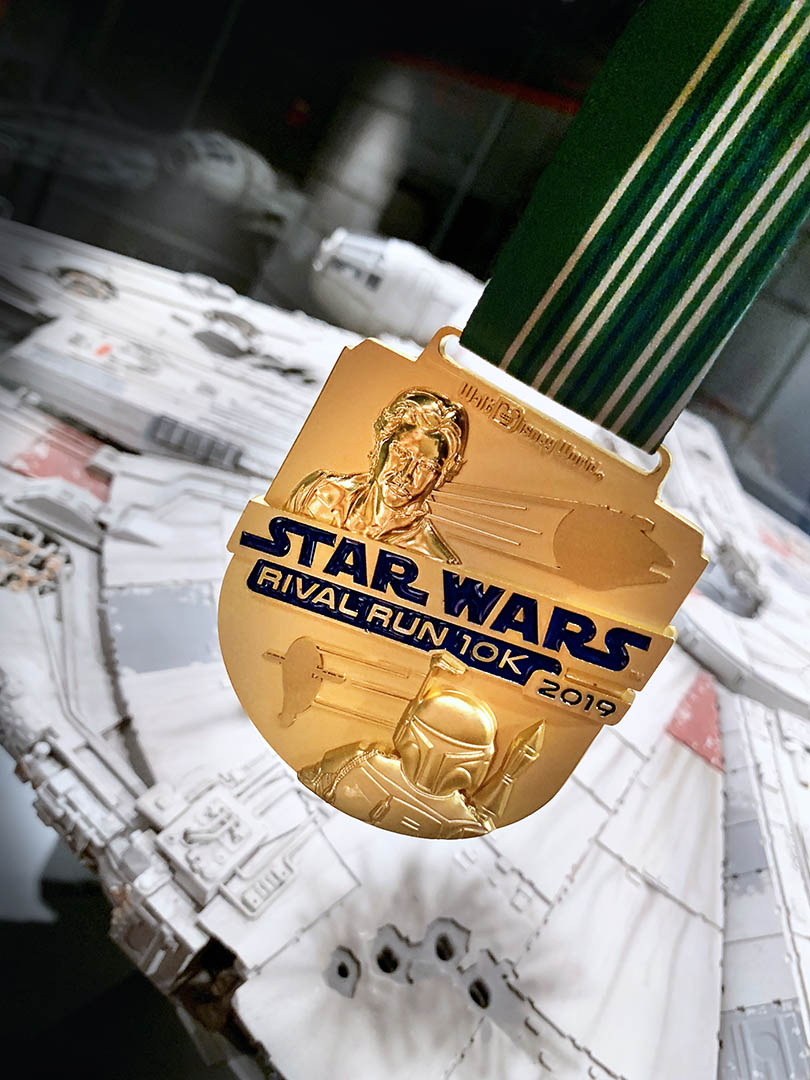 runDisney medal for Star Wars Rival Run 10K | Han Solo and Boba Fett