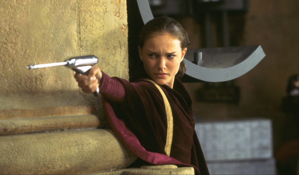 Padme takes the Theed palace by force.