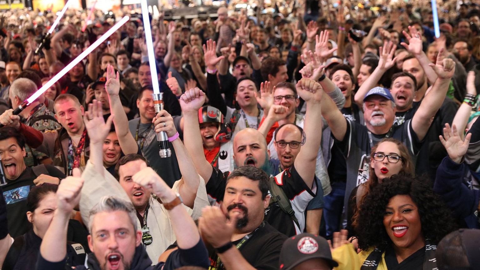 Cheering fans at Star Wars Celebration Chicago 2019.