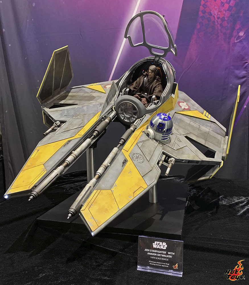 Hot Toys' Jedi Starfighter with Anakin Skywalker