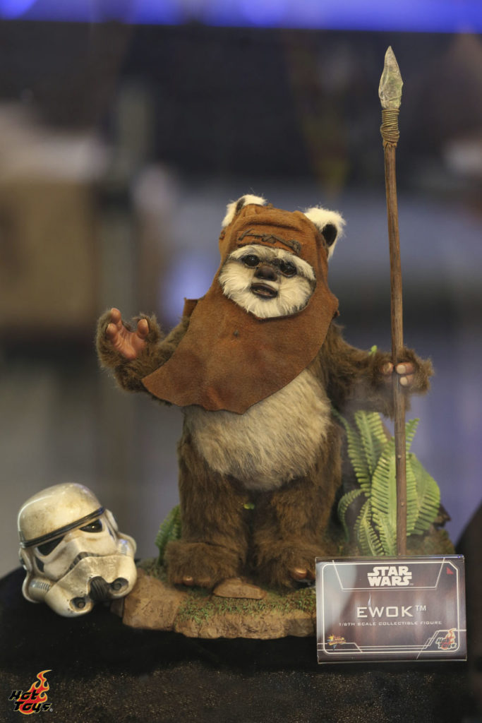 Hot Toys' Wicket figure