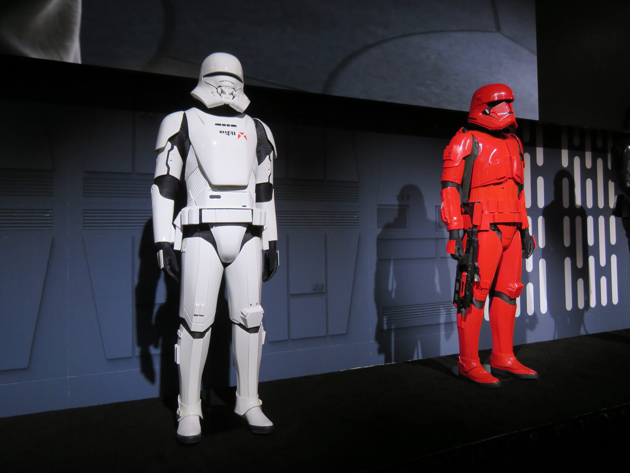 A new jet trooper and Sith trooper from Star Wars: The Rise of Skywalker.