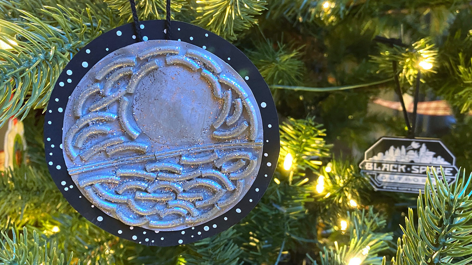 Death Star ornament finished