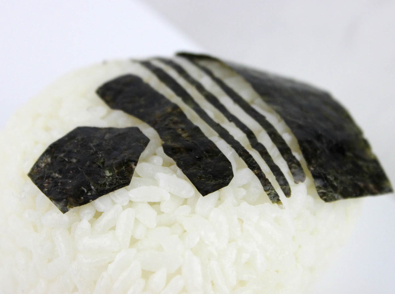 Kylo Ren rice ball nori