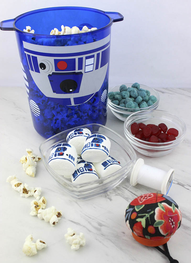 Artoo garland set up