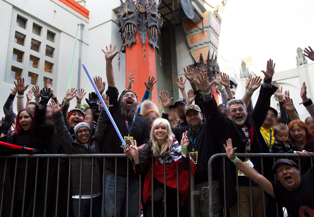 A group of fans at Grauman's for the premiere of The Rise of Skywalker.