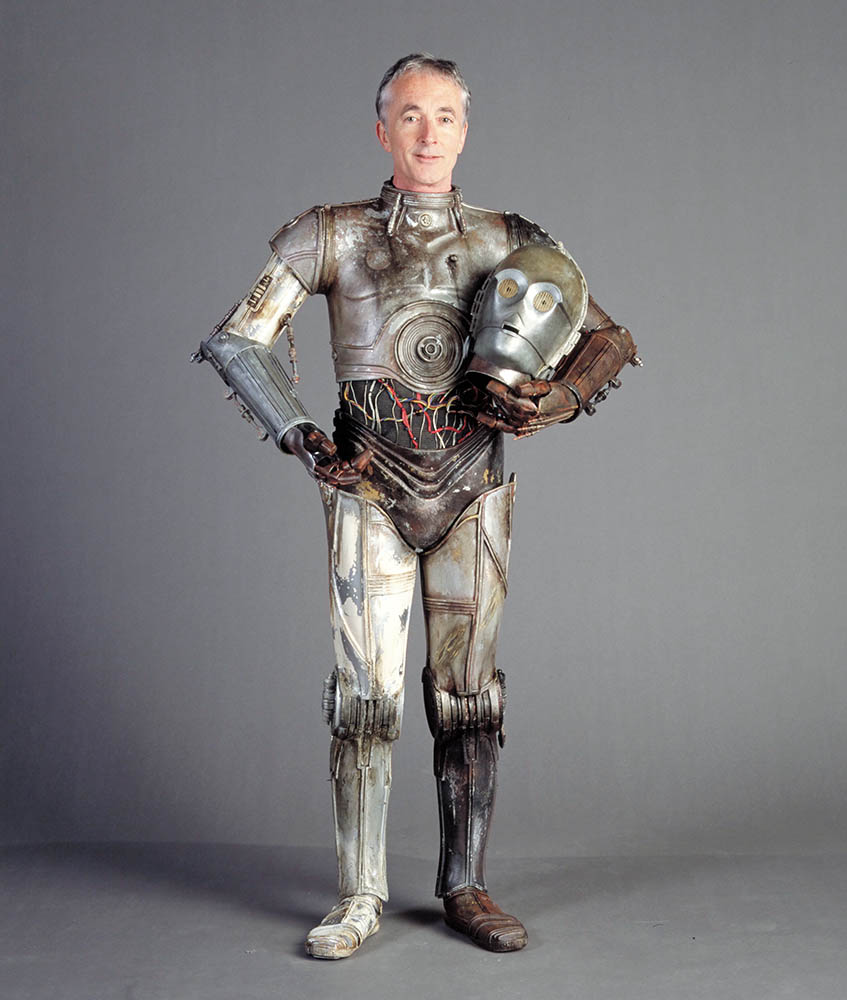 Anthony Daniels in costume.