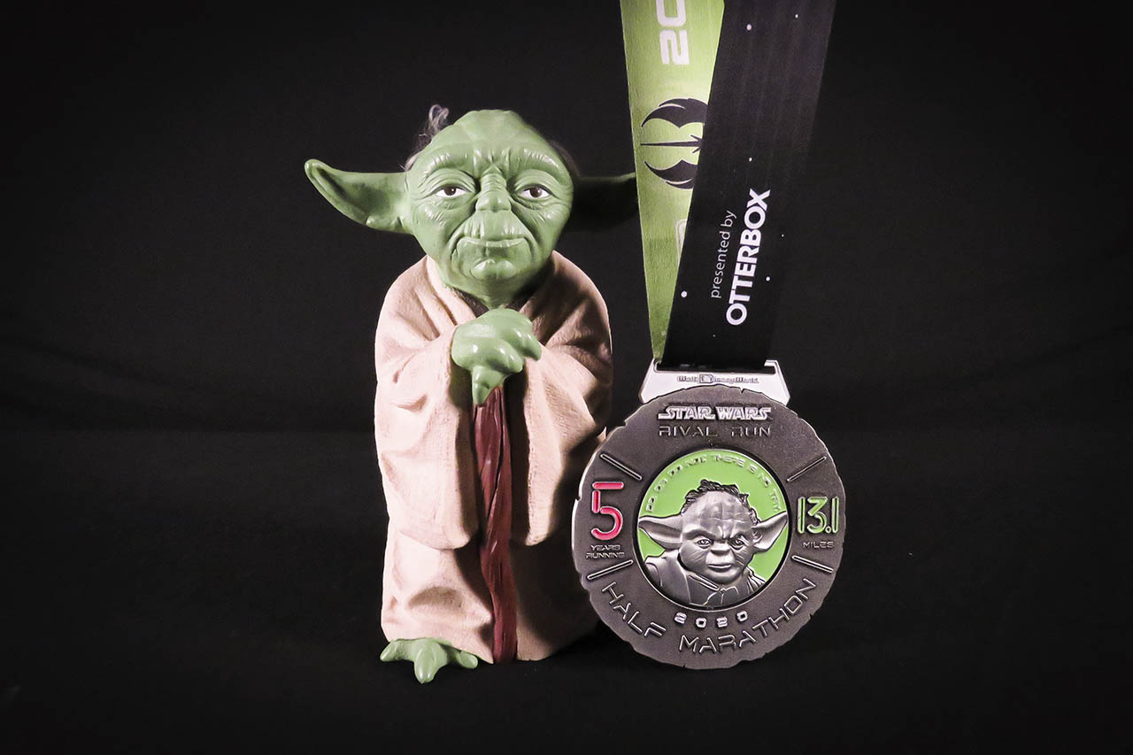 runDisney Star Wars Rival Run Weekend - Half Marathon Yoda medal