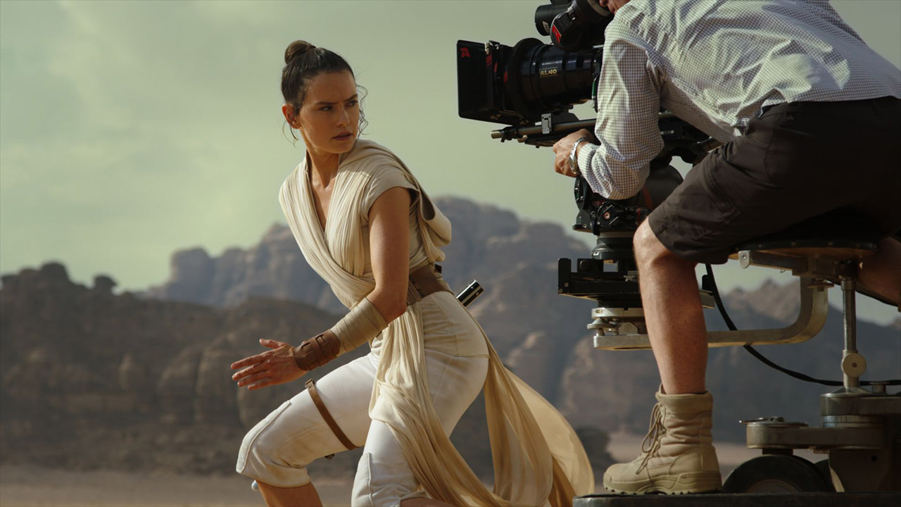 A behind-the-scenes shot from Star Wars: The Rise of Skywalker.