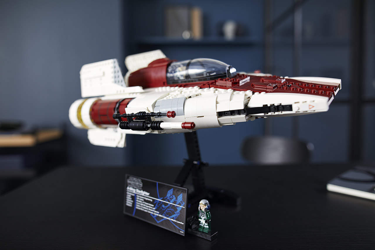 LEGO Star Wars A-wing Starfighter final