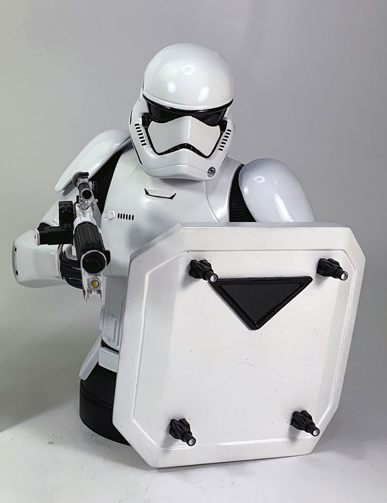 Diamond First Order Stormtrooper Deluxe 1/6 Scale Mini-Bust