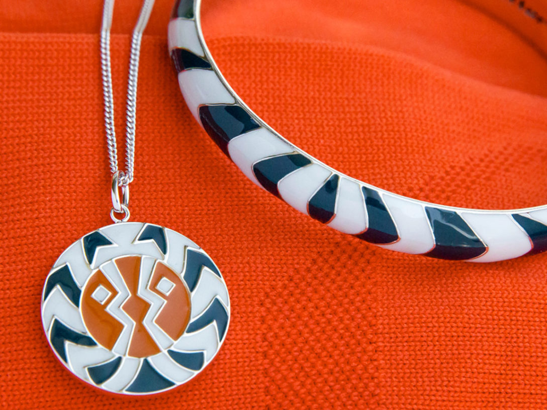 RockLove's Ahsoka Tano bangle and medallion