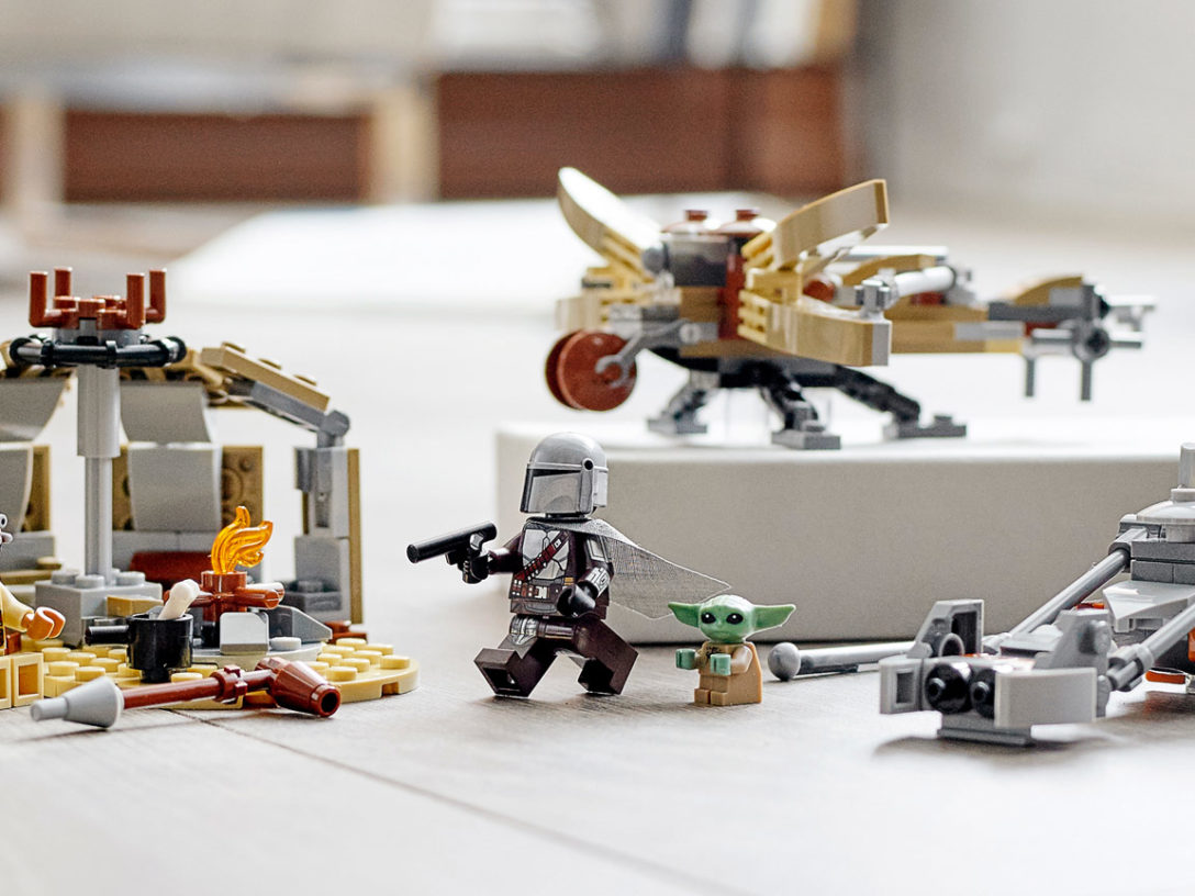 LEGO Star Wars Trouble on Tatooine set