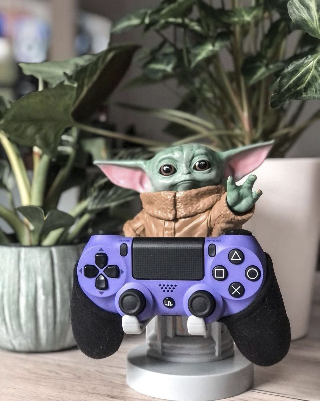 Exquisite Gaming Limited game controller holder